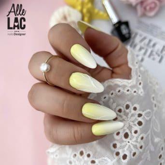 nakładanie pyłków na paznokcie