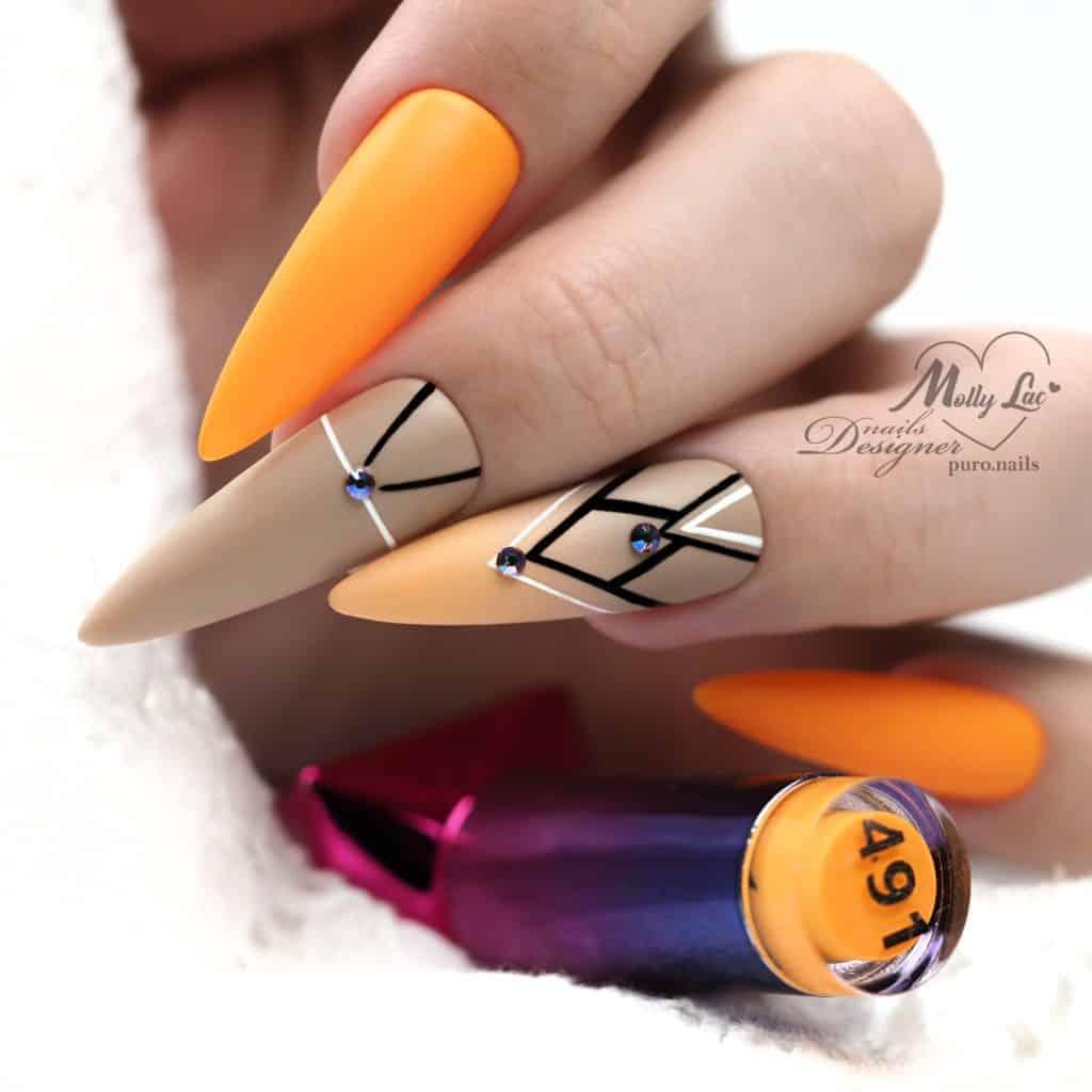 wiosenne zdobienia na paznokciach geometryczne kształty