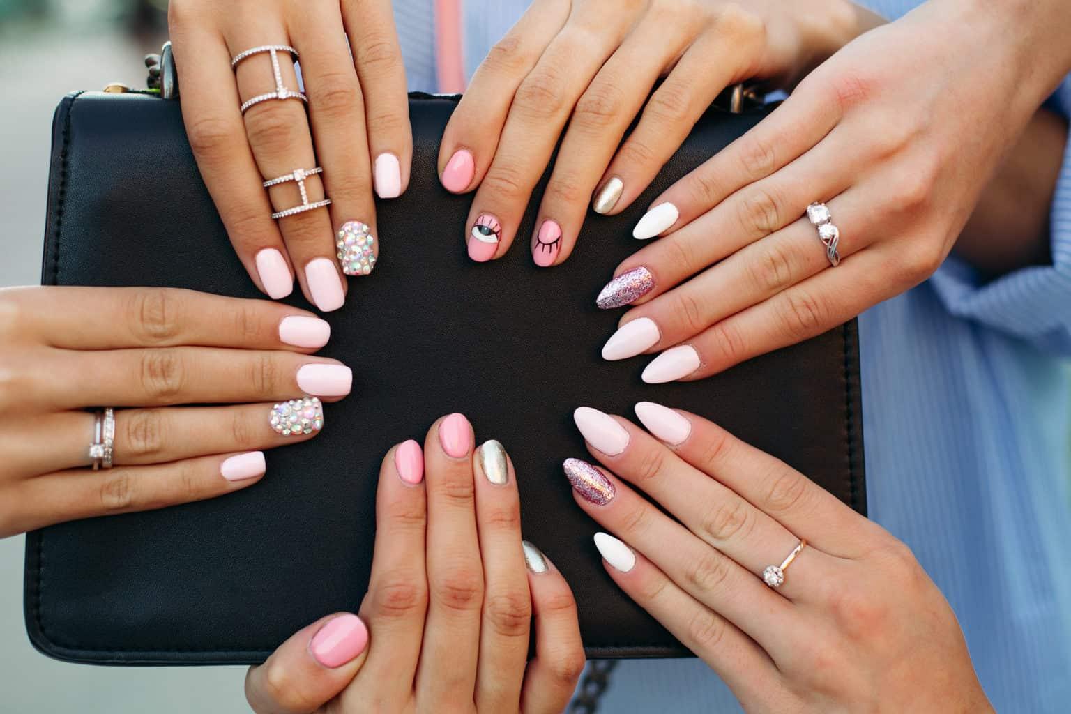 najczęstsze błędy w manicure hybrydowym