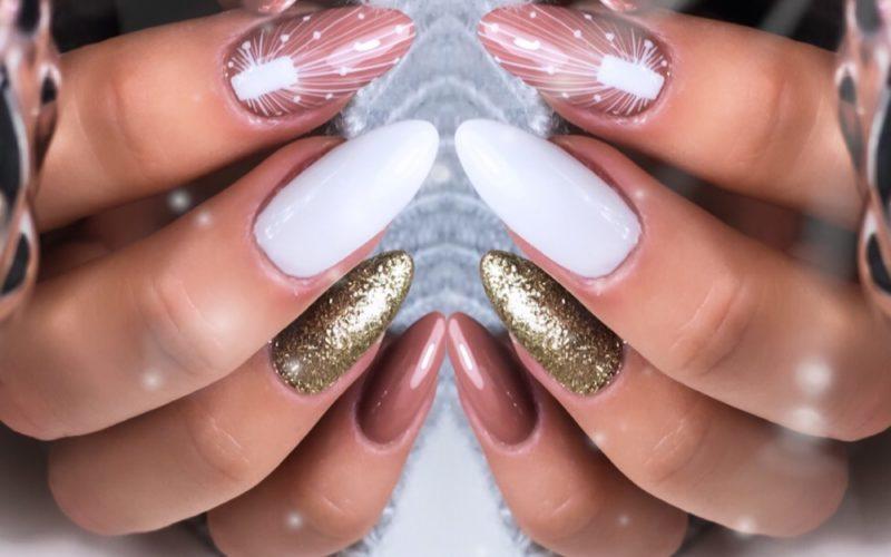 brązowy_manicure
