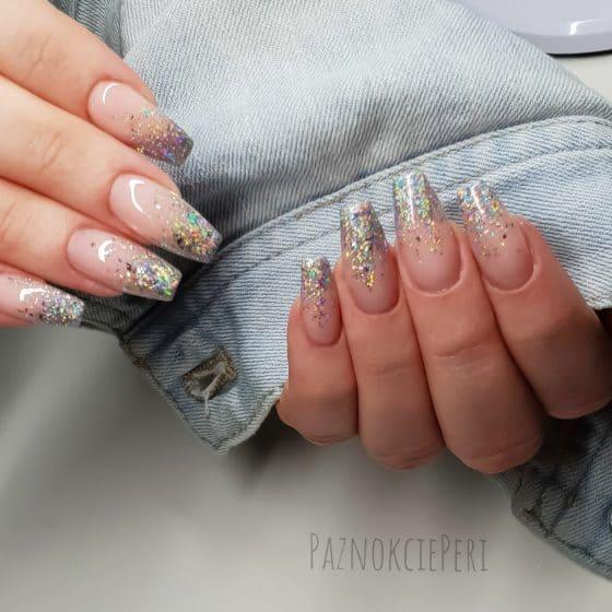 metaliczne płatki do paznokci