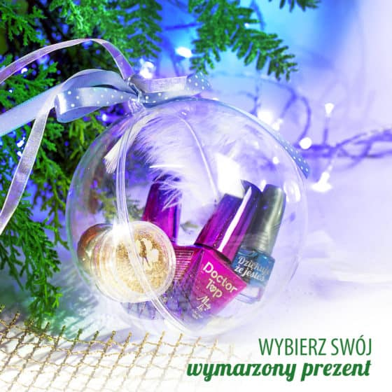 bombka z prezentami świątecznymi do manicure