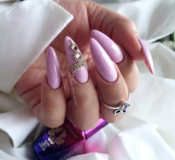 liliowe-paznokcie-z-bulion-lux